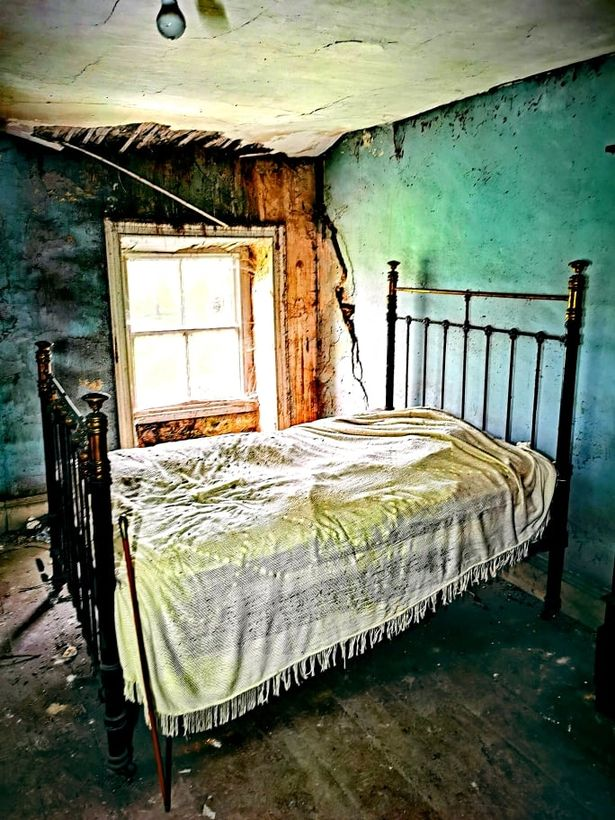 "The bedroom is ""frozen in time"""