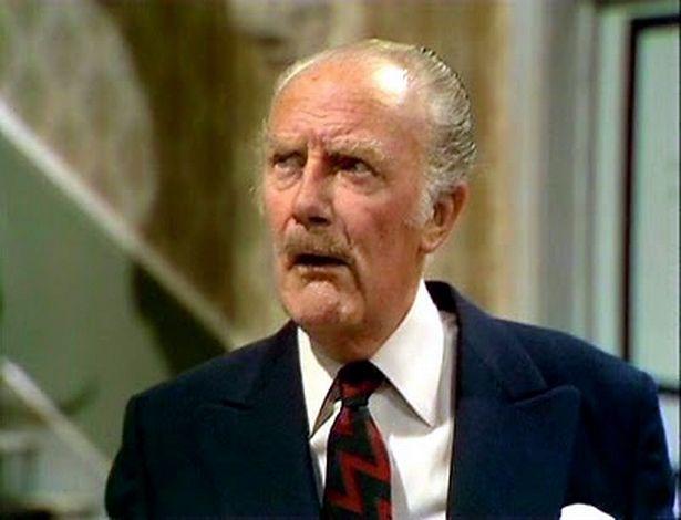 Major Gowen was played by Ballard Berkeley