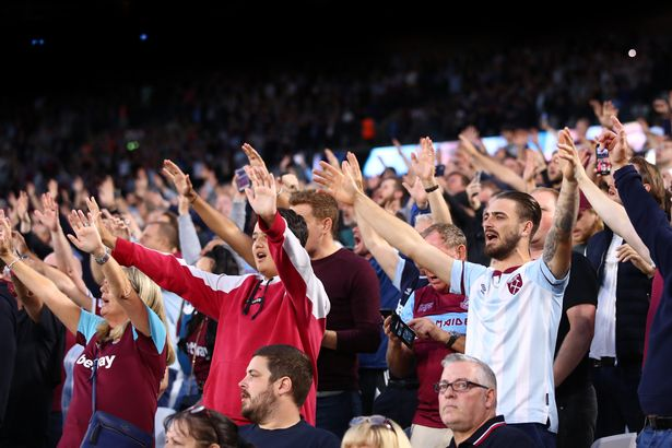 West Ham fans gave Lingard a warm welcome on his return to the London Stadium