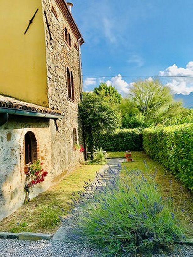 It boasts romantic surroundings