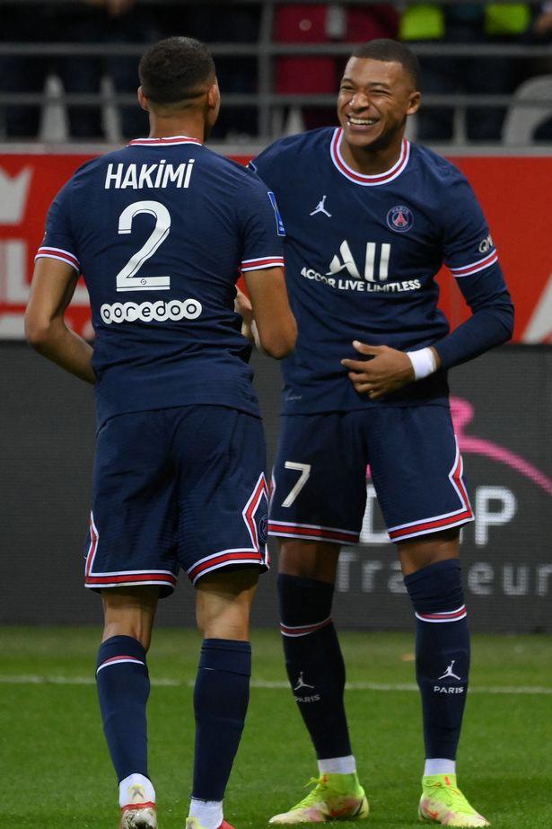 Achraf Hakimi with new teammate Kylian Mbappe at Paris Saint Germain