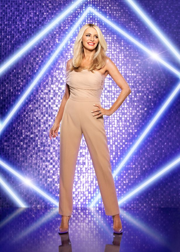 Tess Daly wows fans in skin-tight dress for 'date night' ahead of Strictly opener