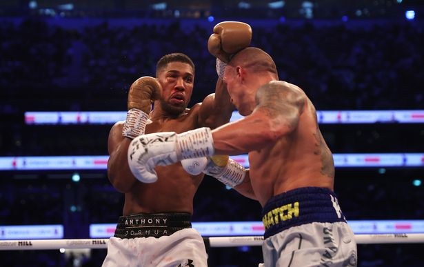 The Briton's right eye appeared to close up following a punch for Oleksandr Usyk