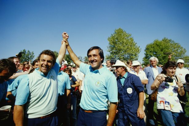 Golfers Tony Jacklin (left) and Severiano Ballesteros (right) celebrate the victory of the European team in the Ryder Cup matches at Muirfield Village, Ohio, 27th September 1987. (Photo by Simon Bruty/Getty Images)