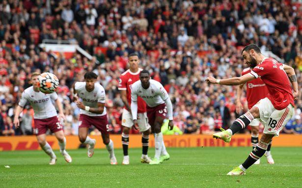 Bruno Fernandes misses a penalty for Man Utd vs Aston Villa