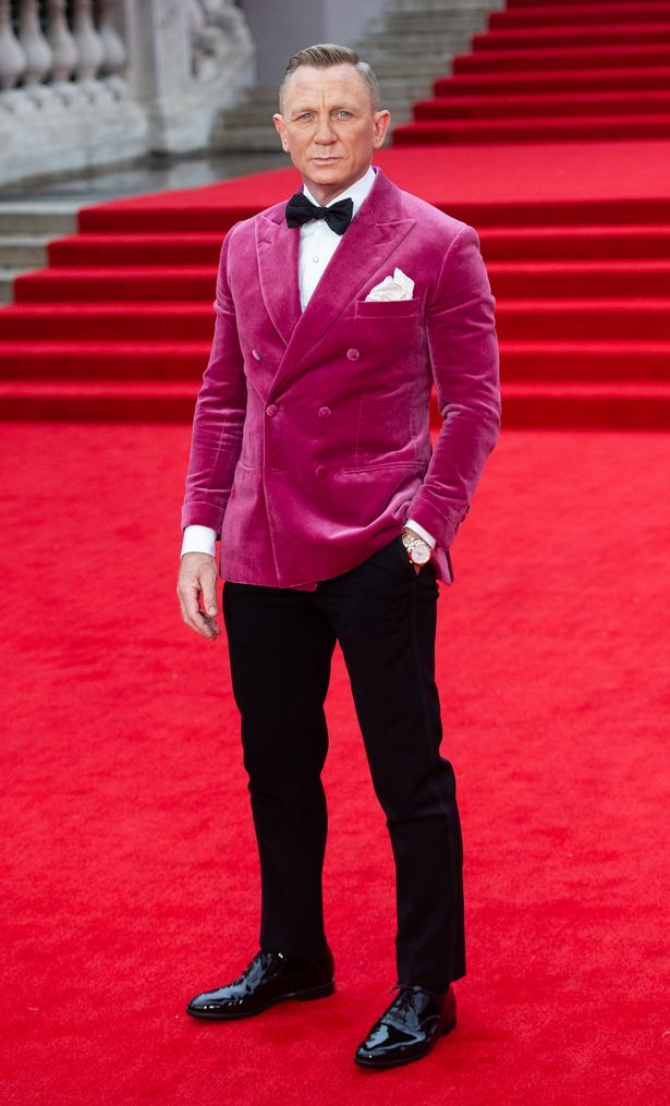 Jon couldn't help but share his thoughts on Daniel Craig's colourful jacket