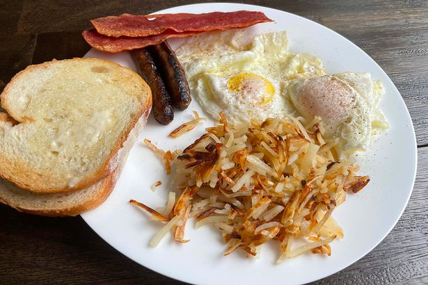 Eggs, hash browns, toast, bacon