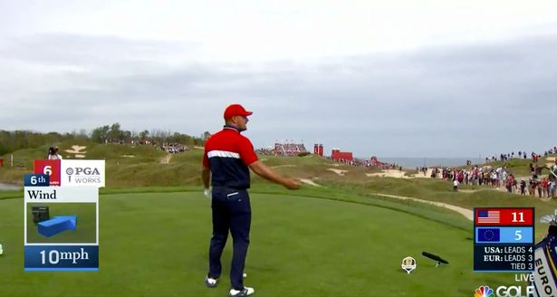 Bryson DeChambeau gives the fans what they want ... with a three-wood