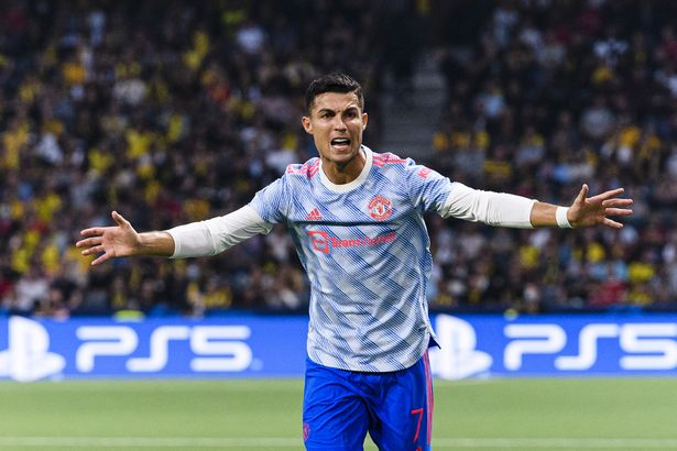 Cristiano Ronaldo of Manchester United gestures during the UEFA Champions League group F match between BSC Young Boys and Manchester Unite