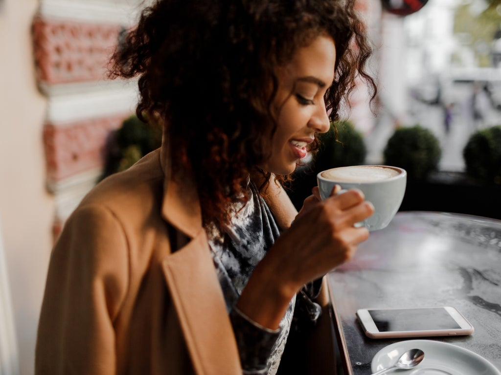Doctor reveals why you shouldn't drink coffee first thing in the morning