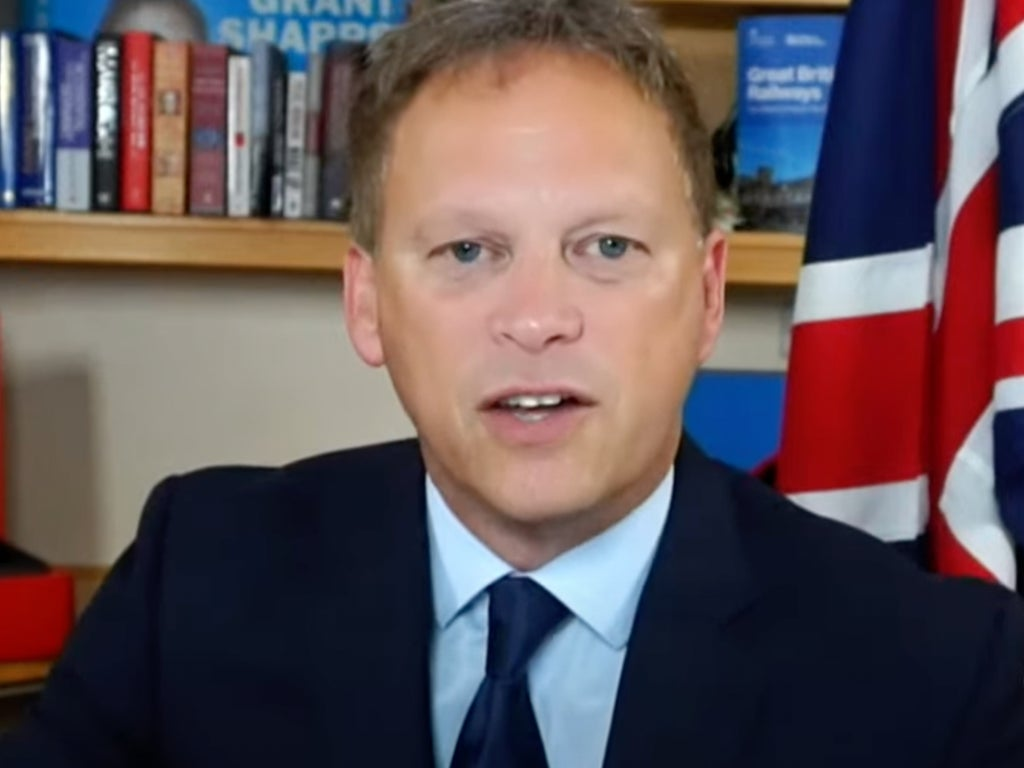 Grant Shapps roasted for claiming Brexit has helped deal with lorry driver shortages instead of causing them