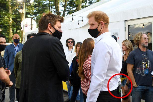 Prince Harry was seen wearing a mic