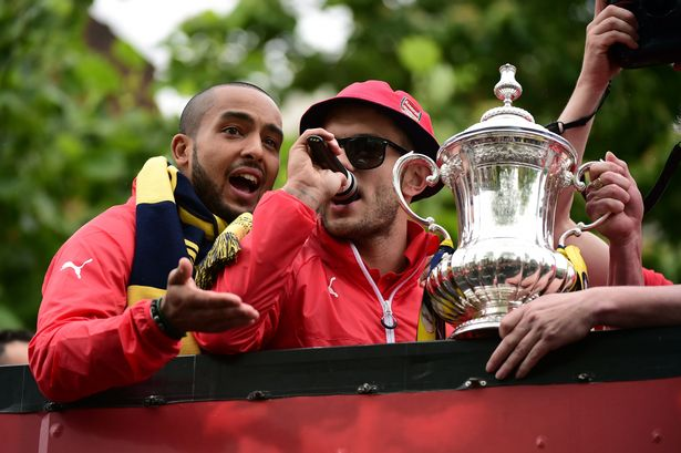 Jack Wilshere got the crowds singing as Arsenal showed off their FA Cup trophy