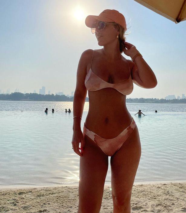 Kate Ferdinand shows off stunning bikini figure holidaying in Dubai