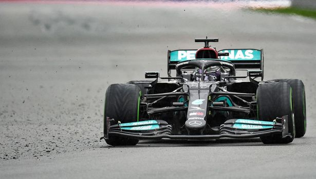 Lewis Hamilton mastered the wet conditions to win the Russian Grand Prix