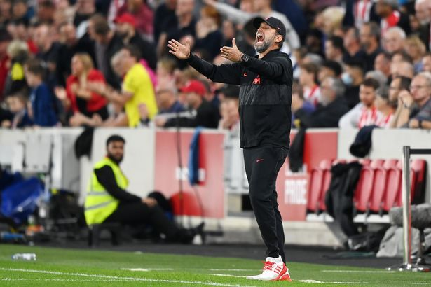 Jurgen Klopp, Manager of Liverpool reacts during the Premier League match between Brentford and Liverpool at Brentford Community Stadium o