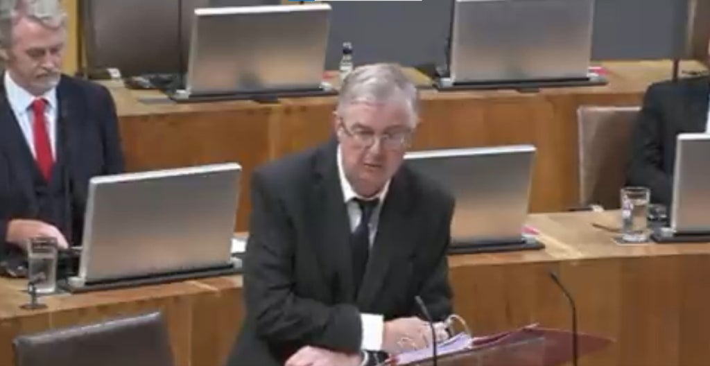 Mark Drakeford shreds Tory party's solution for HGV driver shortage and blames saga on Brexit