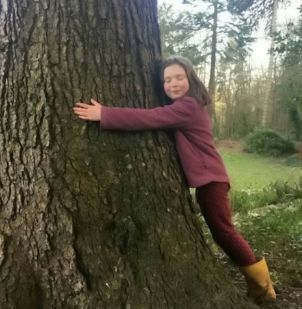 Meet the English child who has left school to learn more about the climate and is inspired by Greta Thunberg