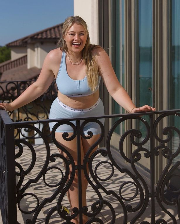 Iskra Lawrence shows off her 'soft tummy' in inspiring underwear snaps