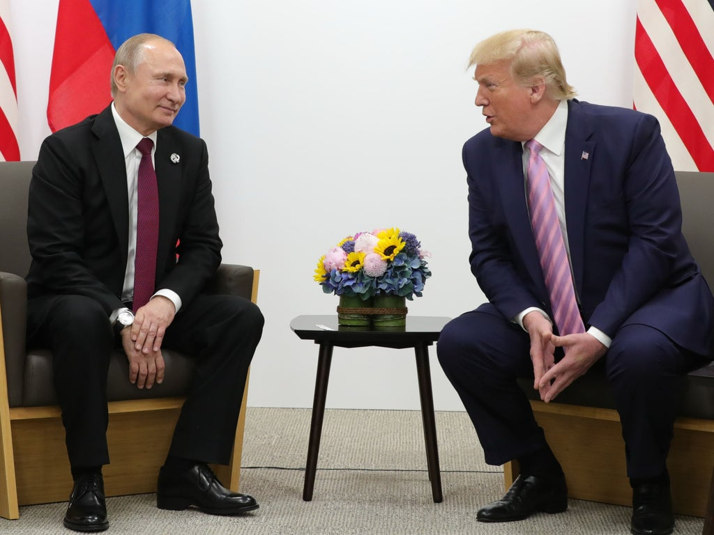 Putin allegedly tried to trigger Trump's germaphobia by coughing in a meeting