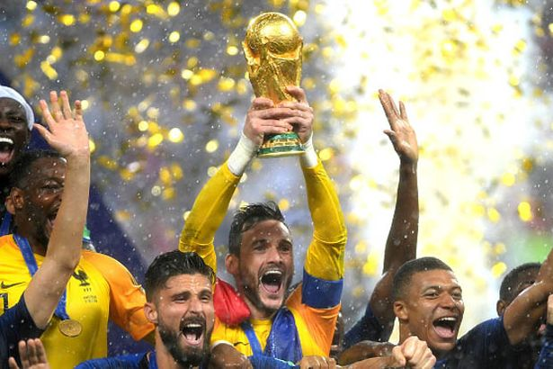 Hugo Lloris lifts the 2018 World Cup for France