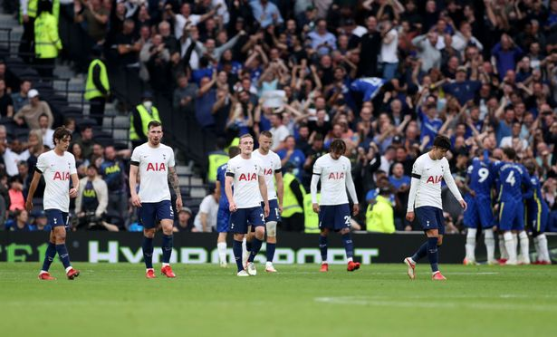Tottenham Hotspur players Pierre-Emile Hojbjerg, Oliver Skipp, Eric Dier, Dele Alli and Heung-Min Son of Tottenham Hotspur look dejected after Chelsea score their third goal during the Premier League match between Tottenham Hotspur and Chelsea at Tottenham Hotspur Stadium on September 19, 2021 in London, England.