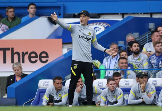 Thomas Tuchel provides instructions to his side from the sideline
