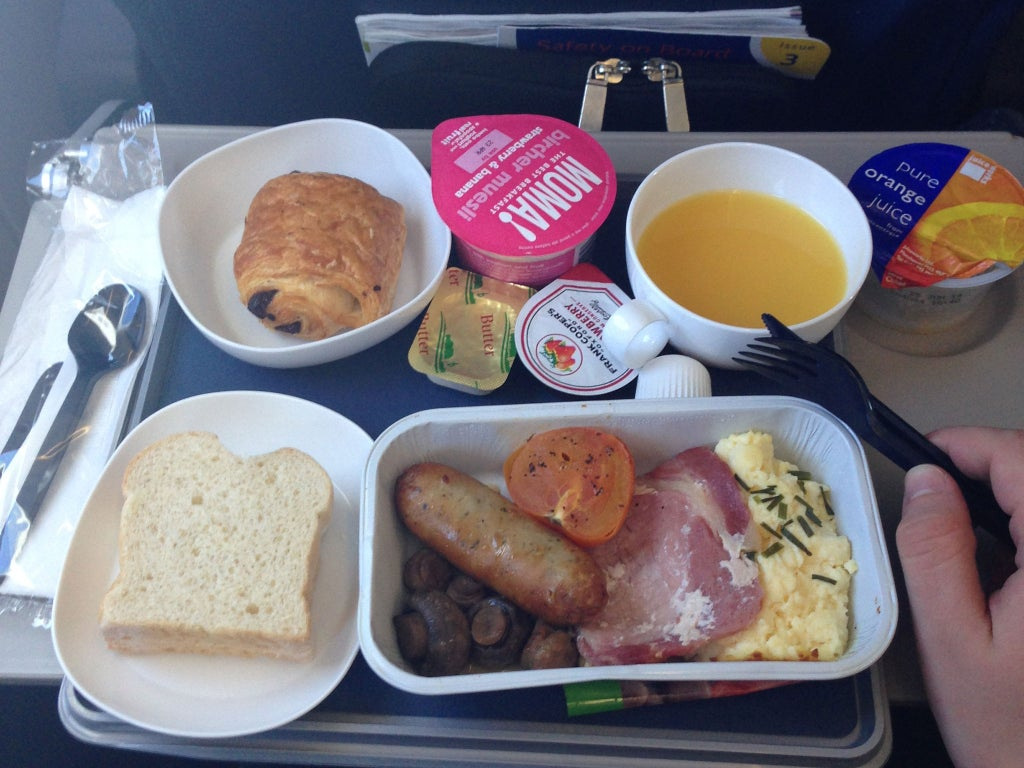 Woman who moved to UK says Americans would be shocked by English breakfast food