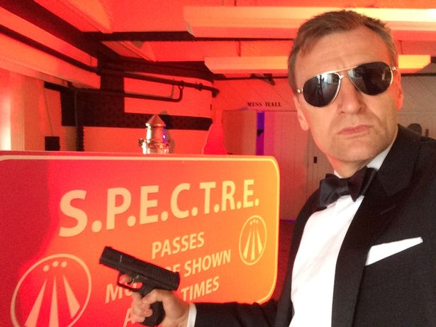 Steve Wright said people told him he looked like Bond when Daniel Craig's first 007 film Casino Royale came out in 2006