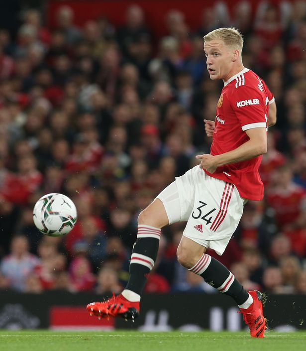 Donny van de Beek is looking to leave United in January